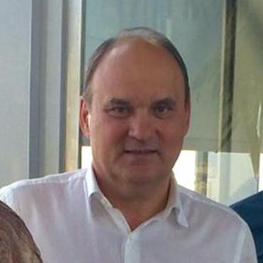 Khamis M Makhianov